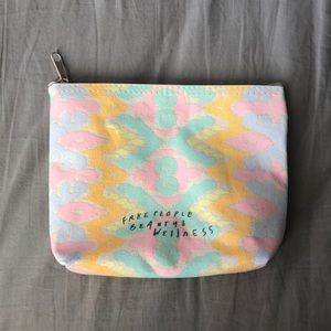 NWT Free People Limited Edition Printed Makeup Bag
